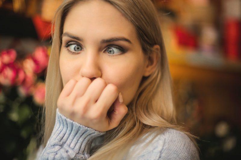 Read more about the article Comment arrêter de se ronger les ongles
