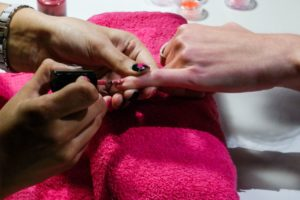 pose faux ongles